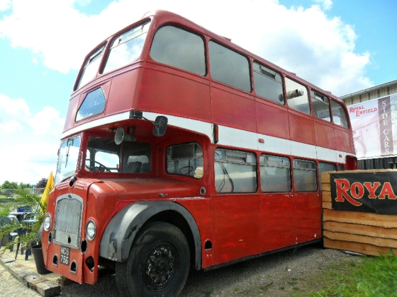 bristol lodekka buses in scrap yards. Black Bedroom Furniture Sets. Home Design Ideas