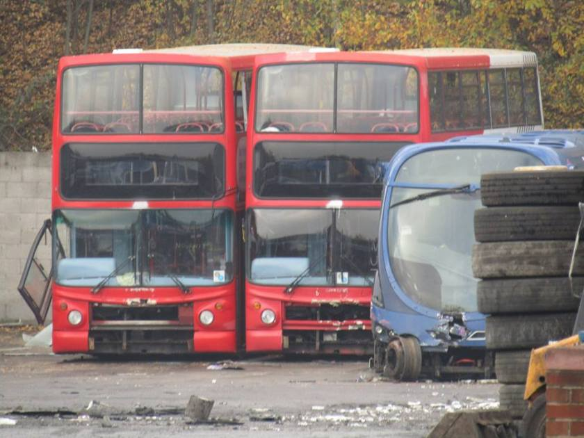a pair of unidentified NXWM ALX400s at PVS – BUSES IN SCRAP-YARDS