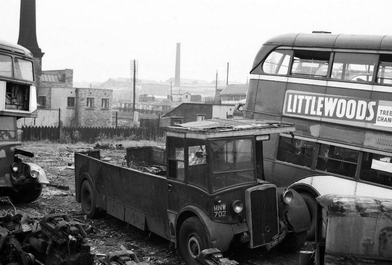 Formerly 702 in the Leeds fleet a Crossley with Crossley bodywork The decker at the rear of the Crossley is ex Hull City Transport and was bodied by Weymann The bus parked next to the Crossley is also ex Hull..jpg